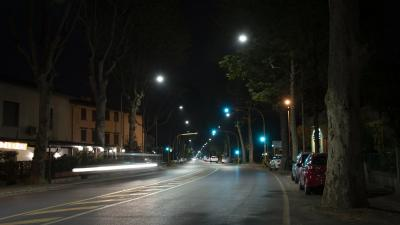 via Pistoiese illuminata a led