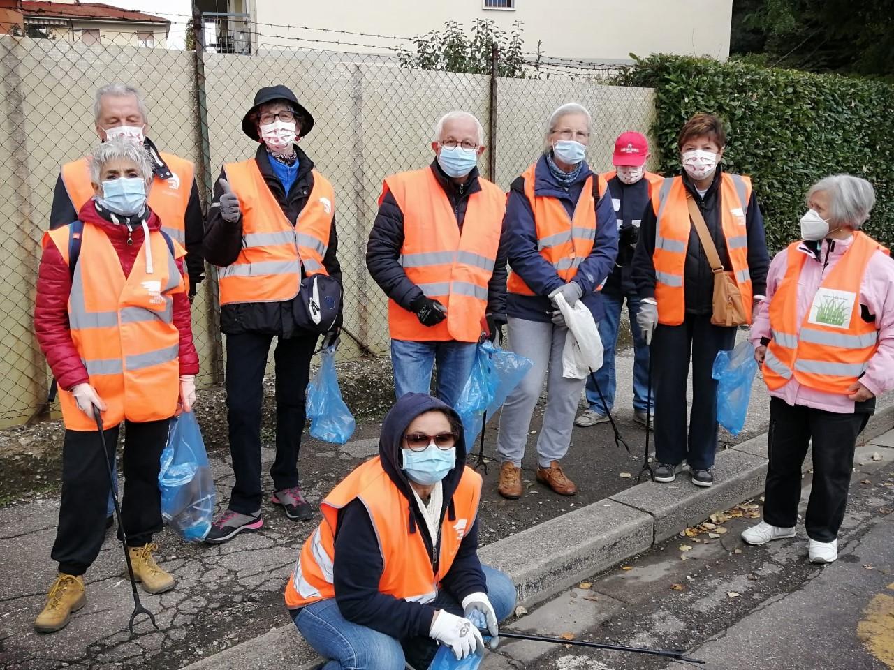 """Appuntamento con """"L'Erba voglio senza un foglio"""", volontari in azione per la pulizia delle aree verdi"""